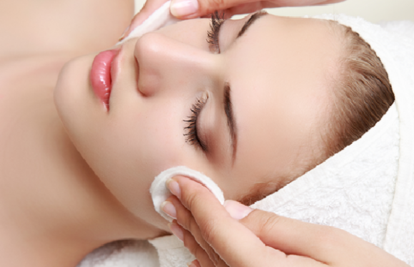 Reducing Acne and Wrinkles With Chemical Peels